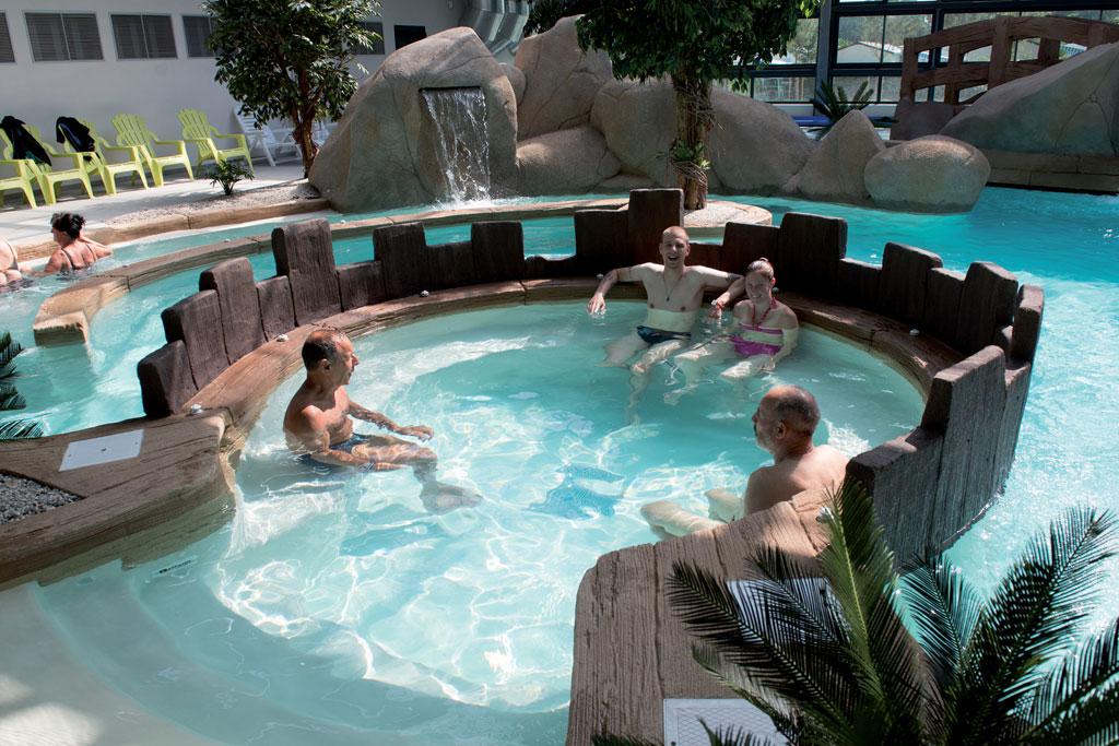 Camping l 39 oc an en vend e cybele vacances for Village vacances vendee avec piscine